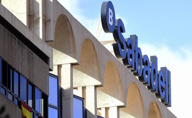 Al menos 531 empresas han abandonado catalu a desde el 1 o for Oficina 5515 banco sabadell