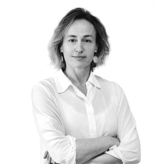 Ana B. Hernández