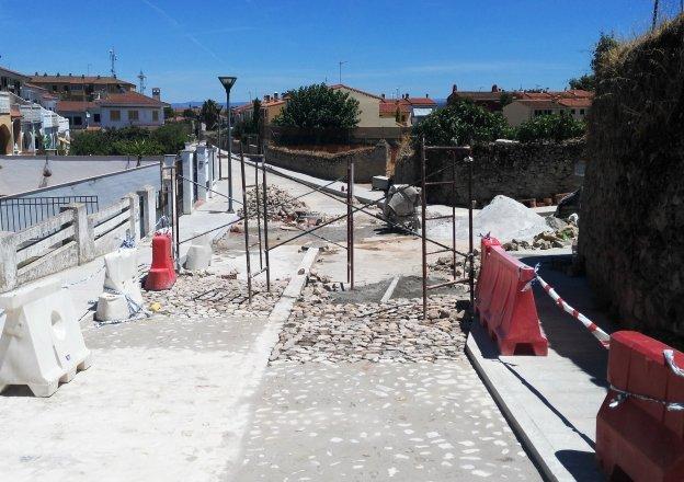 Obras Ha Comenzado Ya Con El Empedrado De Garcia De Paredes En