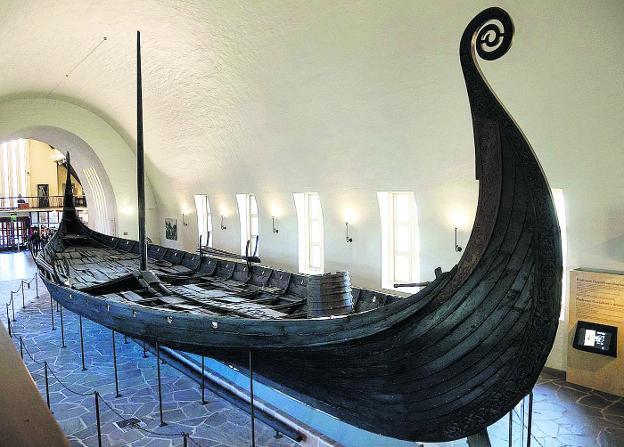 Barco vikingo a la vista   Hoy