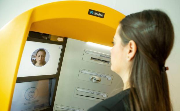 La cara, el futuro pin del móvil y la tarjeta de crédito