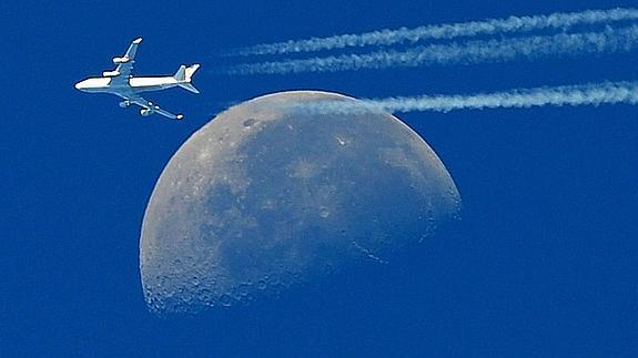 Julio dice adiós con una \'luna azul\' | Hoy